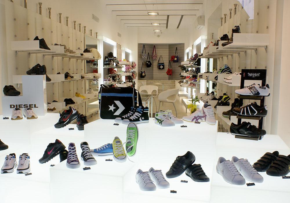 Negozi cagliari with negozi cagliari affordable dy cash for Negozi arredamento cagliari