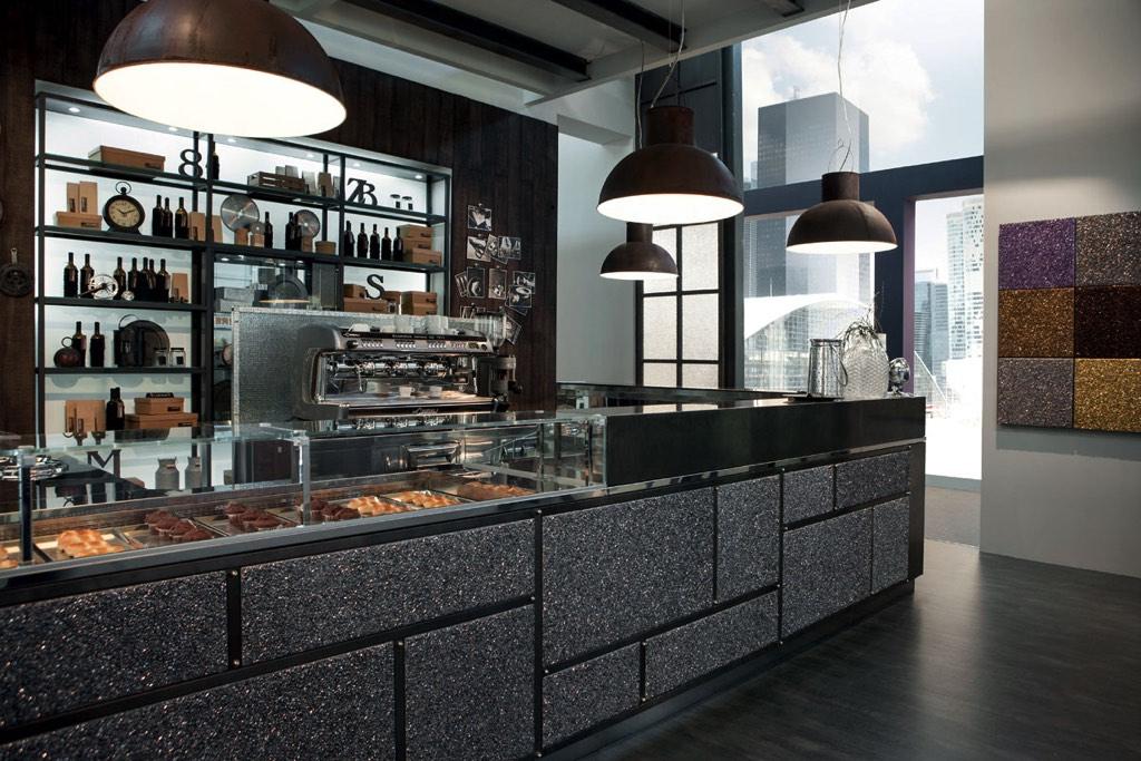 Arredo bar garage arredo bar neon europa cagliari sassari for Bar arredamento