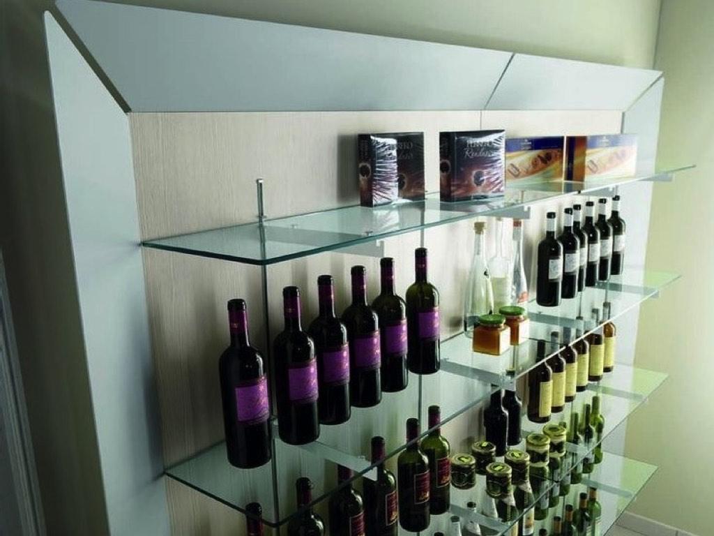 Arredo enoteche scaffale prodotti neon europa cagliari for Negozi arredamento cagliari