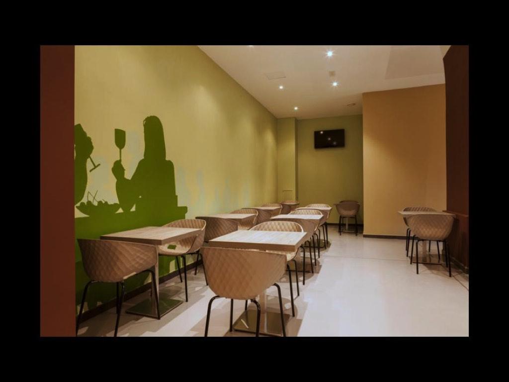 Sedie sgabelli sedia bar ristorante plastica neon europa cagliari