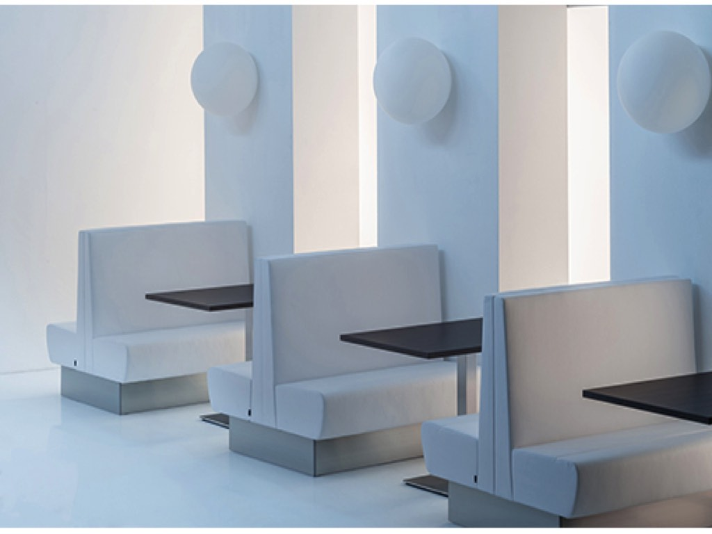 Tavoli sedie sedute modulari per bar cagliari sassari olbia u neon