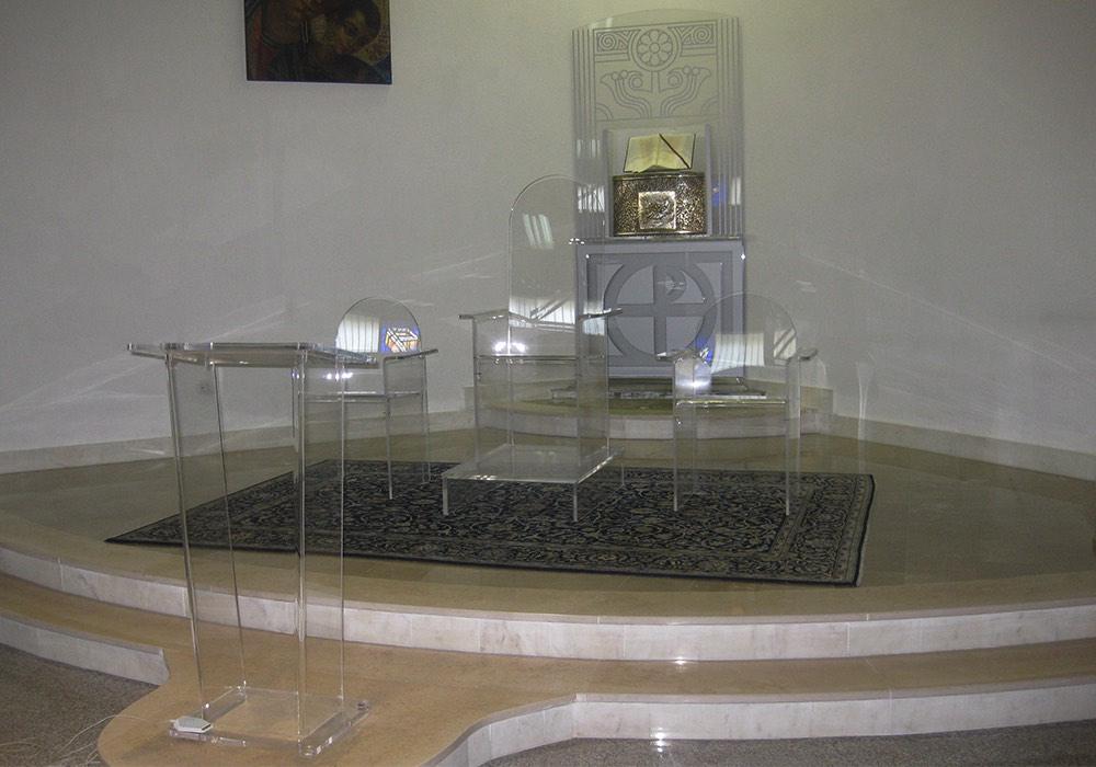Arredamenti lavorazione plexiglass 0044 arredamento for Plexiglass arredamento